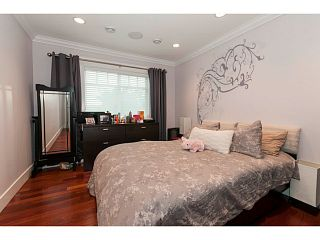 Photo 8: 716 E 29TH Street in North Vancouver: Princess Park House for sale : MLS®# V1136834