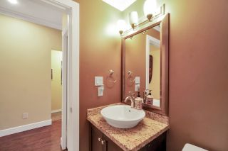 "Photo 14: 27 12036 66 Avenue in Surrey: West Newton Townhouse for sale in ""Dubb Villa"" : MLS®# R2559085"