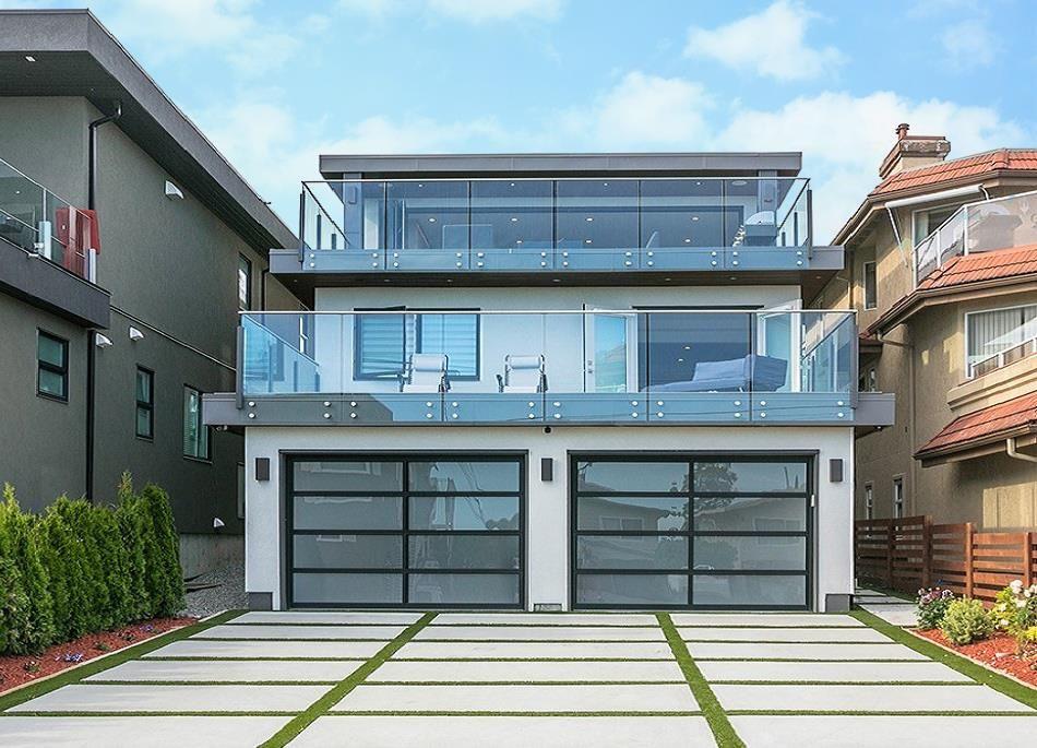 Main Photo: 15114 BUENA VISTA AVENUE: White Rock House for sale (South Surrey White Rock)  : MLS®# R2527396