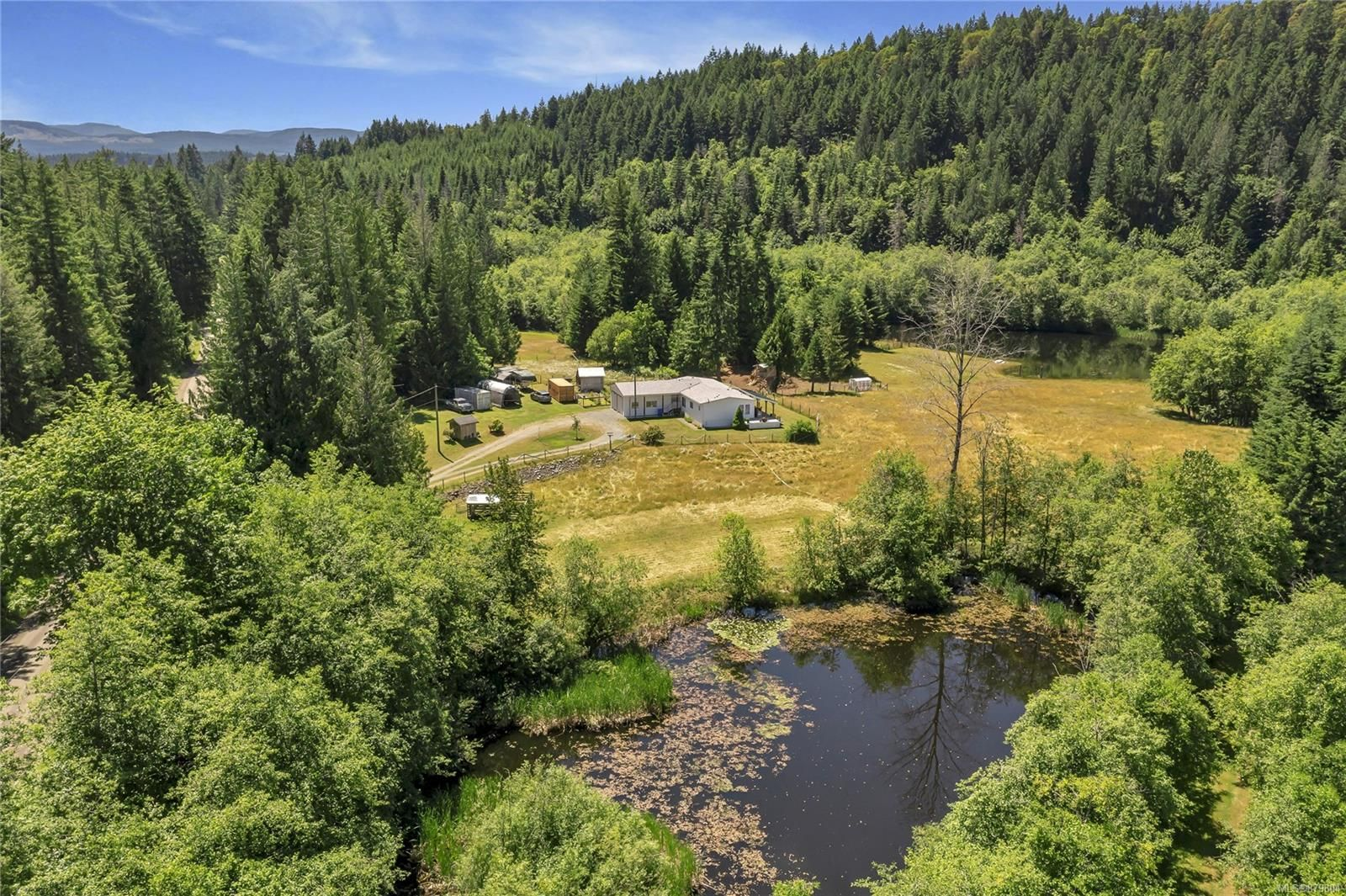 Photo 6: Photos: 3596 Riverside Rd in : ML Cobble Hill Manufactured Home for sale (Malahat & Area)  : MLS®# 879804
