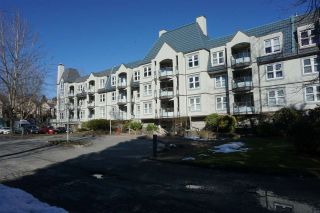 "Photo 16: 122 99 BEGIN Street in Coquitlam: Maillardville Condo for sale in ""LE CHATEAU"" : MLS®# R2344520"
