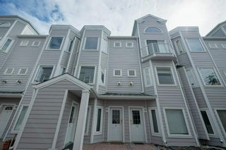 Photo 1: 9 1720 11 Street SW in Calgary: Lower Mount Royal Row/Townhouse for sale : MLS®# A1140590