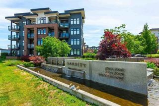 """Photo 16: 301 20058 FRASER Highway in Langley: Langley City Condo for sale in """"VARSITY"""" : MLS®# R2557046"""