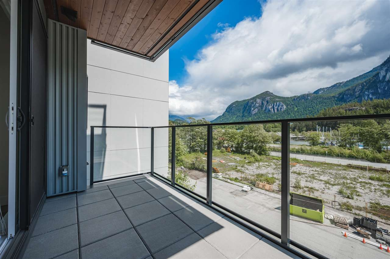 Photo 9: Photos: 410 37881 CLEVELAND Avenue in Squamish: Downtown SQ Condo for sale : MLS®# R2454752