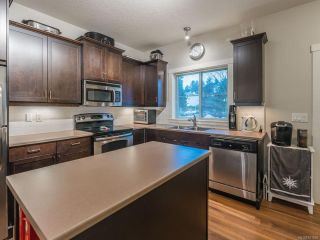 Photo 10: 101 1675 Crescent View Dr in NANAIMO: Na Central Nanaimo Row/Townhouse for sale (Nanaimo)  : MLS®# 831959