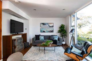 Photo 3: 2728 ADANAC STREET in Vancouver: Renfrew VE House for sale (Vancouver East)  : MLS®# R2325749