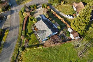 Photo 17: 6376 MARMOT Road in Sechelt: Sechelt District House for sale (Sunshine Coast)  : MLS®# R2525039