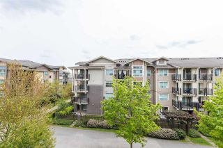"Photo 4: 302 5788 SIDLEY Street in Burnaby: Metrotown Condo for sale in ""Macpherson Walk North (By Hungerford)"" (Burnaby South)  : MLS®# R2572546"