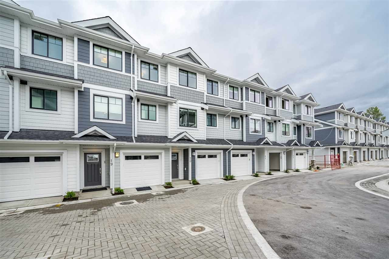 """Main Photo: 19 189 WOOD Street in New Westminster: Queensborough Townhouse for sale in """"RIVER MEWS"""" : MLS®# R2410352"""