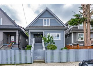 Photo 1: 184 E 22ND Avenue in Vancouver: Main House for sale (Vancouver East)  : MLS®# R2615085