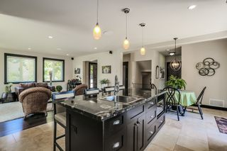 Photo 7: : Home for sale : MLS®# F1447426