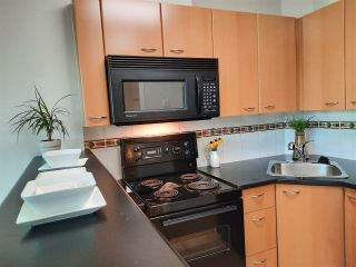 Photo 10: 1803 1331 ALBERNI STREET in Vancouver: West End VW Condo for sale (Vancouver West)  : MLS®# R2508802