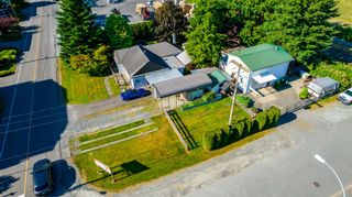 Photo 4: 7416 SHAW Avenue in Chilliwack: Sardis East Vedder Rd House for sale (Sardis)  : MLS®# R2595391