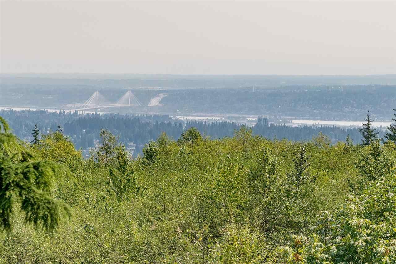 "Photo 1: Photos: 205 9288 UNIVERSITY Crescent in Burnaby: Simon Fraser Univer. Condo for sale in ""NOVO I"" (Burnaby North)  : MLS®# R2296932"