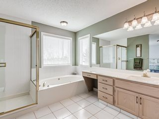 Photo 26: 54 Signature Close SW in Calgary: Signal Hill Detached for sale : MLS®# A1124573