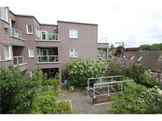 """Photo 3: 312 2025 STEPHENS Street in Vancouver: Kitsilano Condo for sale in """"STEPHENS COURT"""" (Vancouver West)  : MLS®# V892280"""