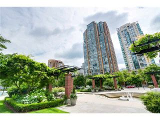 "Photo 1: 2309 1188 RICHARDS Street in Vancouver: Yaletown Condo for sale in ""PARK PLAZA"" (Vancouver West)  : MLS®# V1112068"