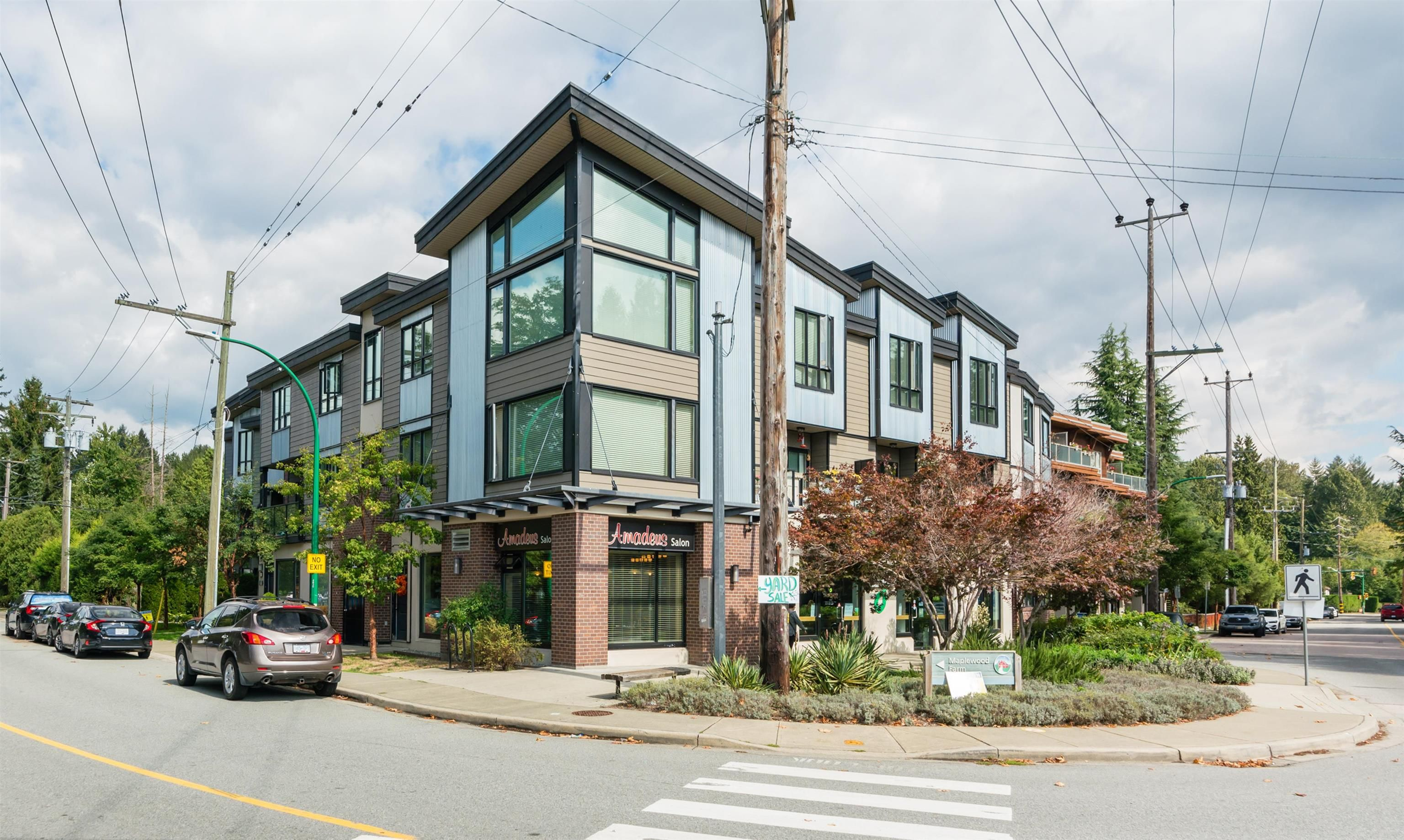 Main Photo: 308 SEYMOUR RIVER Place in Vancouver: Seymour NV Townhouse for sale (North Vancouver)  : MLS®# R2616781