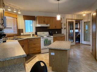 Photo 21: 302 Smith Street in Treherne: House for sale : MLS®# 202110581