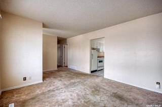 Photo 5: 210 Montreal Street North in Regina: Churchill Downs Residential for sale : MLS®# SK834198