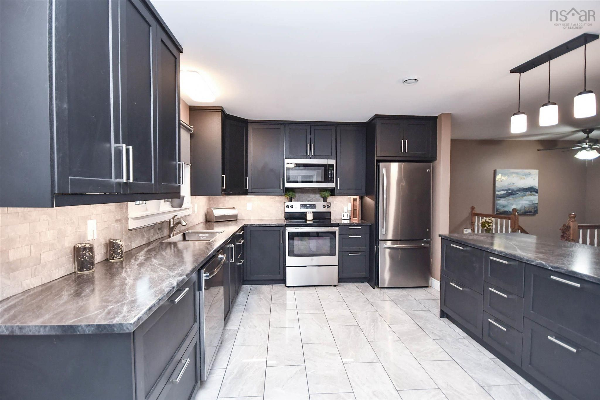 Photo 11: Photos: 1 Davison Drive in Fall River: 30-Waverley, Fall River, Oakfield Residential for sale (Halifax-Dartmouth)  : MLS®# 202123336