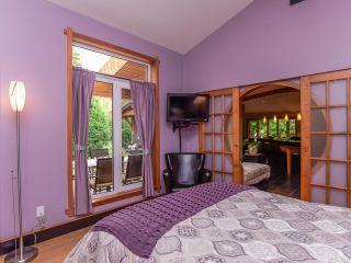 Photo 35: 330 MCLEOD STREET in COMOX: CV Comox (Town of) House for sale (Comox Valley)  : MLS®# 821647