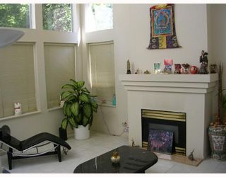 Photo 1: 690 SEYMOUR Boulevard in North_Vancouver: Seymour House for sale (North Vancouver)  : MLS®# V666378