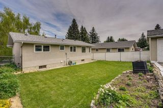 Photo 29: 340 HUNTERBROOK Place NW in Calgary: Huntington Hills Detached for sale : MLS®# C4300148