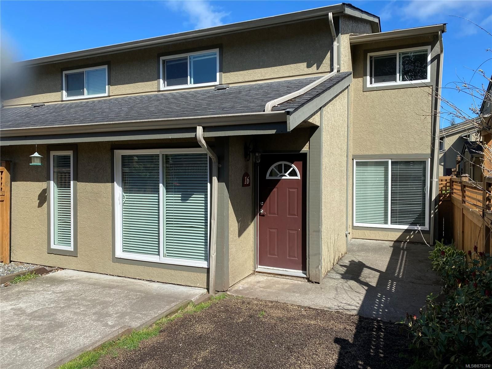 Main Photo: 16 9130 Granville St in : NI Port Hardy Row/Townhouse for sale (North Island)  : MLS®# 875374
