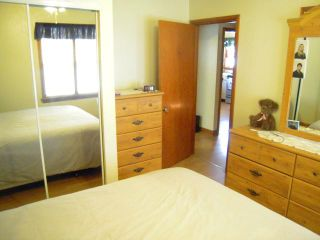 Photo 13: 379 BERRY Street in WINNIPEG: St James Residential for sale (West Winnipeg)  : MLS®# 1018172