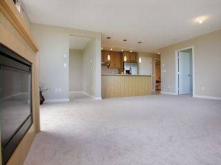 Photo 3: 703 7088 SALISBURY AVENUE in Burnaby: Highgate Condo for sale (Burnaby South)  : MLS®# R2209667