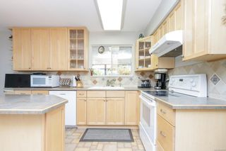 Photo 12: 2274 Alicia Pl in : Co Colwood Lake House for sale (Colwood)  : MLS®# 885760