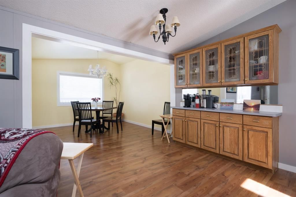 Photo 10: Photos: 118 Woodward Crescent: Anzac Detached for sale : MLS®# A1062544