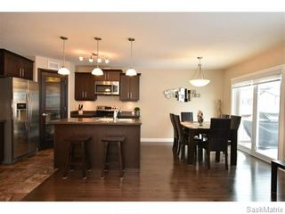Photo 6: 5325 DEVINE Drive in Regina: Lakeridge Addition Single Family Dwelling for sale (Regina Area 01)  : MLS®# 598205