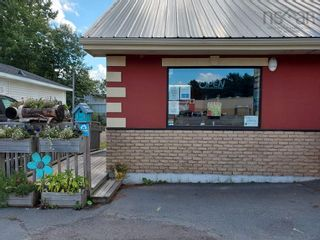 Photo 2: 976 units ABC Central Avenue in Greenwood: 404-Kings County Commercial  (Annapolis Valley)  : MLS®# 202123308