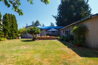 Photo 30: 4260 Wilkinson Rd in : SW Layritz House for sale (Saanich West)  : MLS®# 850274