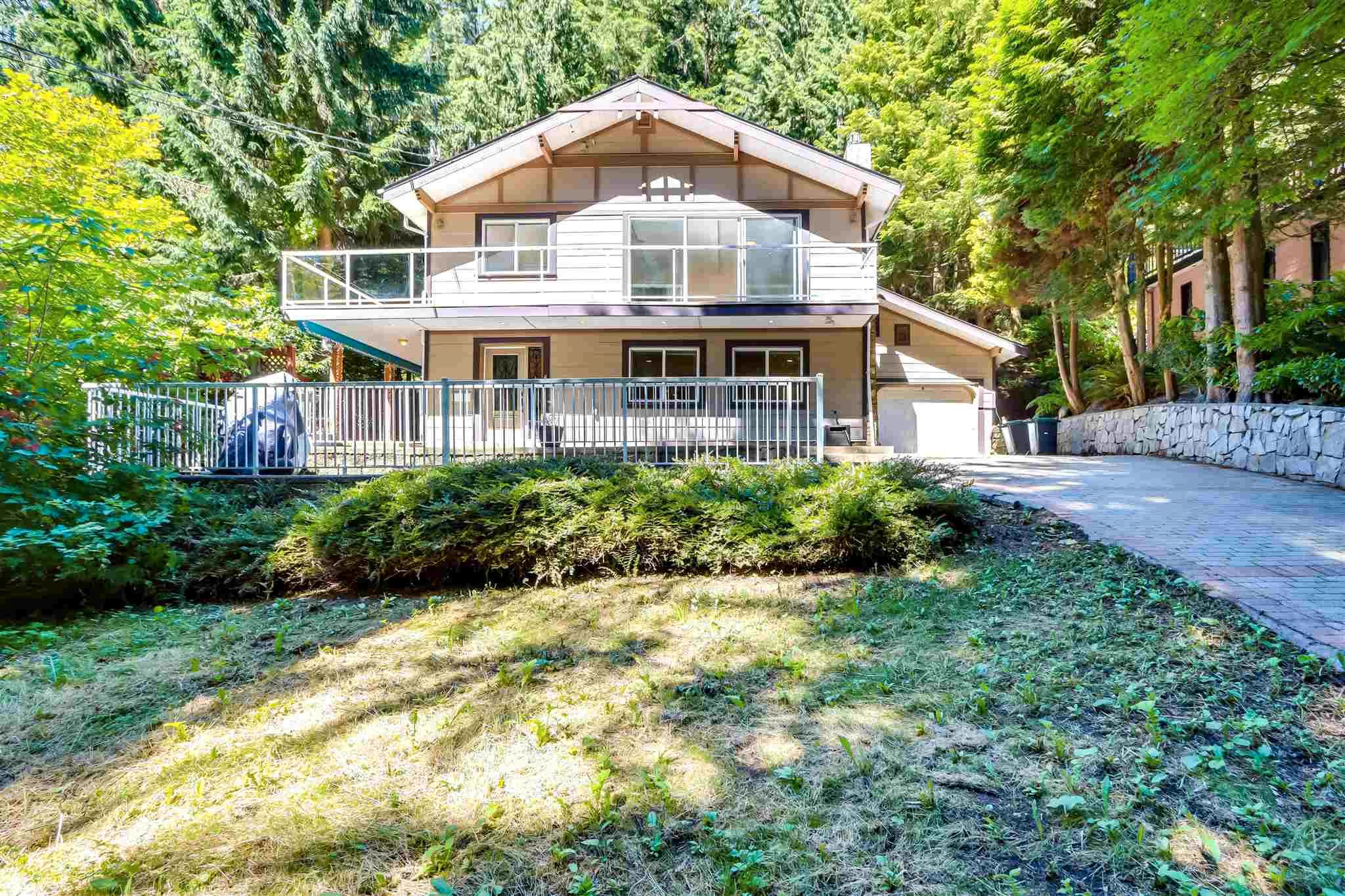 Main Photo: 4623 MOUNTAIN Highway in North Vancouver: Lynn Valley House for sale : MLS®# R2625252