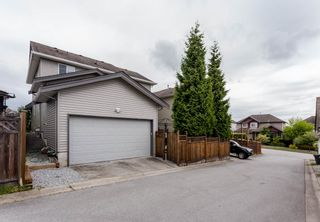 """Photo 37: 16419 59A Avenue in Surrey: Cloverdale BC House for sale in """"West Cloverdale"""" (Cloverdale)  : MLS®# R2294342"""
