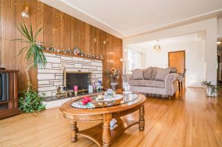 Photo 6: 4397 ELGIN STREET in Vancouver: Fraser VE House for sale (Vancouver East)  : MLS®# R2214005