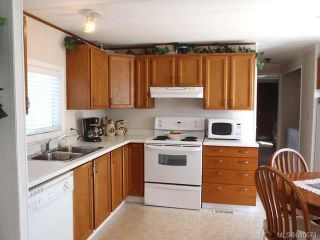 Photo 3: 16 129 Meridian Way in PARKSVILLE: PQ Parksville Manufactured Home for sale (Parksville/Qualicum)  : MLS®# 680673