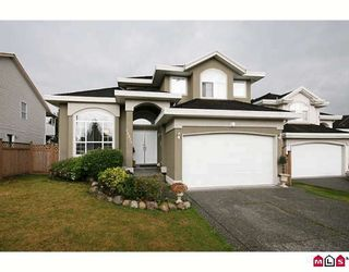 """Photo 1: 15875 99A Avenue in Surrey: Guildford House for sale in """"FLEETWOOD"""" (North Surrey)  : MLS®# F2914967"""