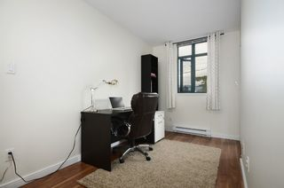 Photo 7: 201 2665 W. Broadway in Macguire Building: Kitsilano Home for sale ()  : MLS®# V1027888