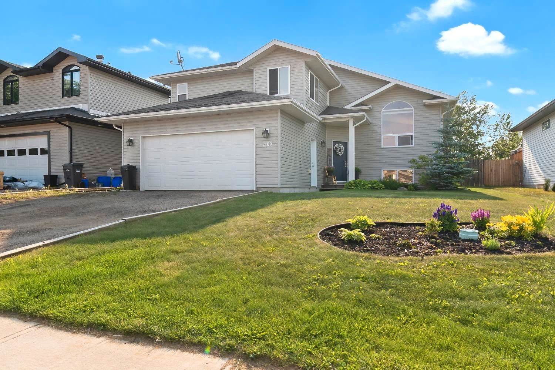 Main Photo: 2109 7 Street: Cold Lake House for sale : MLS®# E4253947