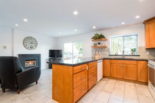 """Photo 7: 14349 78 Avenue in Surrey: East Newton House for sale in """"Springhill Estates - Chimney Heights"""" : MLS®# R2321641"""