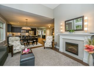 "Photo 13: 305 15175 36 Avenue in Surrey: Morgan Creek Condo for sale in ""Edgewater"" (South Surrey White Rock)  : MLS®# R2039054"