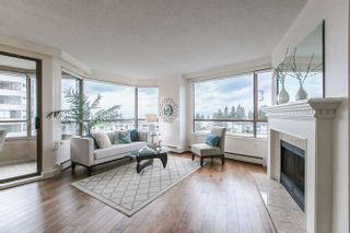 """Photo 3: 404 15111 RUSSELL Avenue: White Rock Condo for sale in """"PACIFIC TERRACE"""" (South Surrey White Rock)  : MLS®# R2206549"""