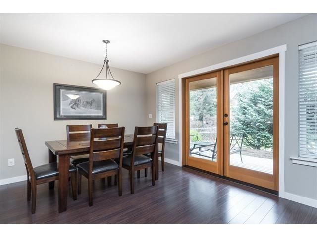 """Photo 10: Photos: 1767 TREE HOUSE Trail: Lindell Beach House for sale in """"Cottages at Cultus Lake"""" (Cultus Lake)  : MLS®# R2560433"""