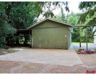 Photo 3: 21298 36th Ave in Brookswood Langley: Home for sale : MLS®# f2722103