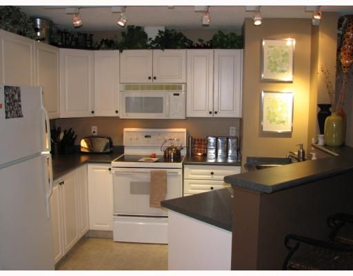 Main Photo: 116 4000 SOMERVALE Court SW in Calgary: Somerset Condo for sale : MLS®# C3365638
