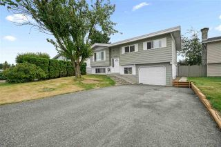 """Photo 1: 32060 ASTORIA Crescent in Abbotsford: Abbotsford West House for sale in """"Fairfield"""" : MLS®# R2487834"""